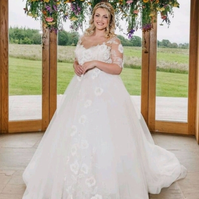 Gown Bridal is offering free alternations and an exclusive 10% off new orders when you spend £750