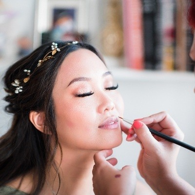 How to find the perfect make-up artist