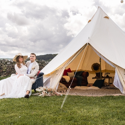A team of local suppliers worked together to create this shoot at Simply Fields Weddings and Events