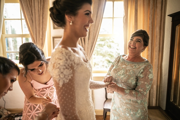 How to ensure your mum stands out from the crowd at a winter wedding