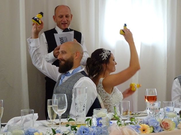 Top tips on choosing your wedding entertainment