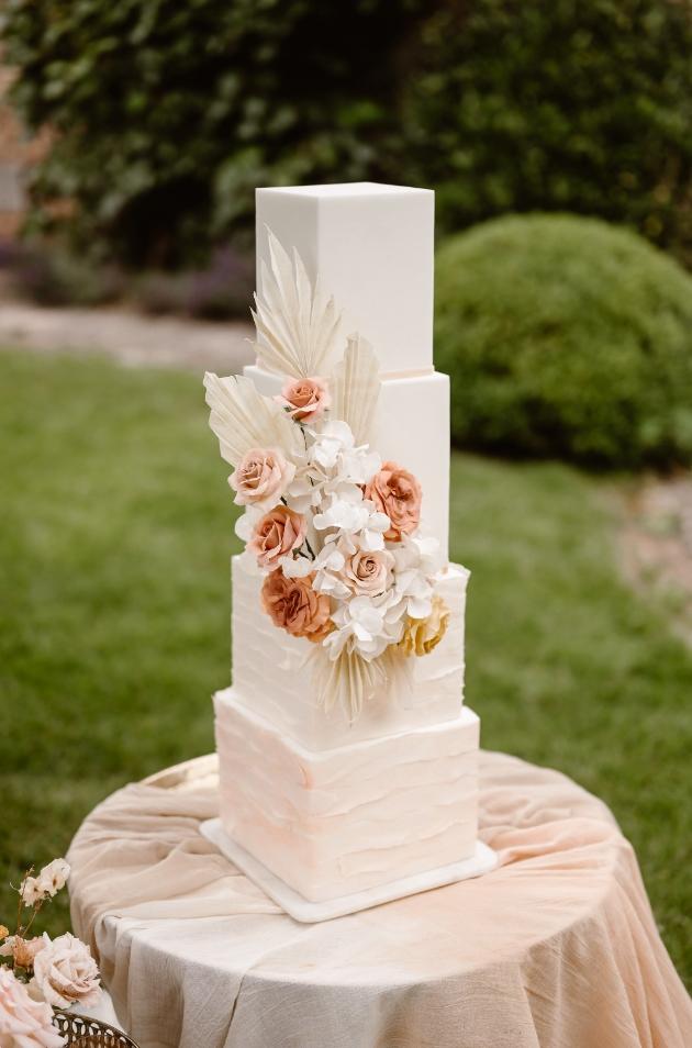 Meet Rachel Hanna from Marie Antoinette Cake Design